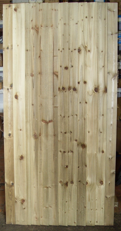 Handmade FLB Closeboard Gate – Front View